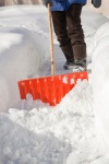 8 Snow Shoveling Safety Tips